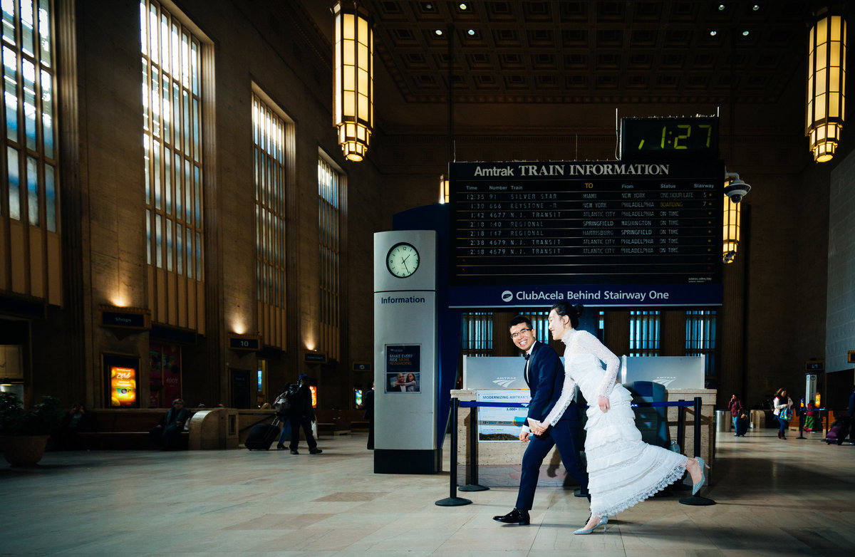 30thStreet-station-Philadelphia-engagement-photographer-Abhi-Sarkar-Photography-8