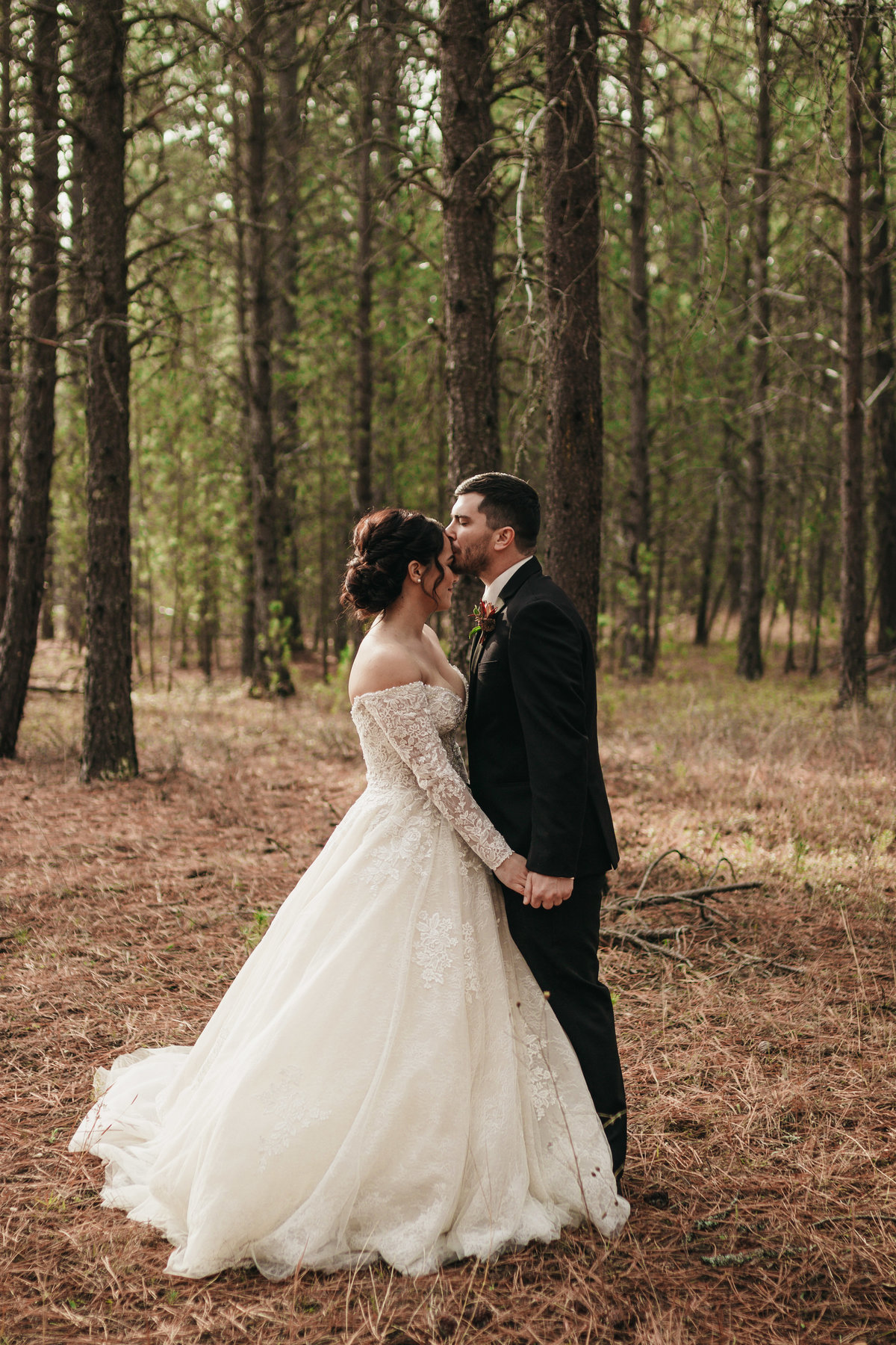 Wedding Photographer in Spokane, Washington - Clara Jay Photo.jpg_-17