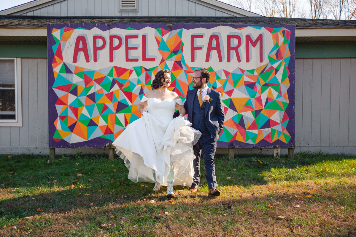 AppelFarmRusticNJWedding_GenPalmerPhotography_037
