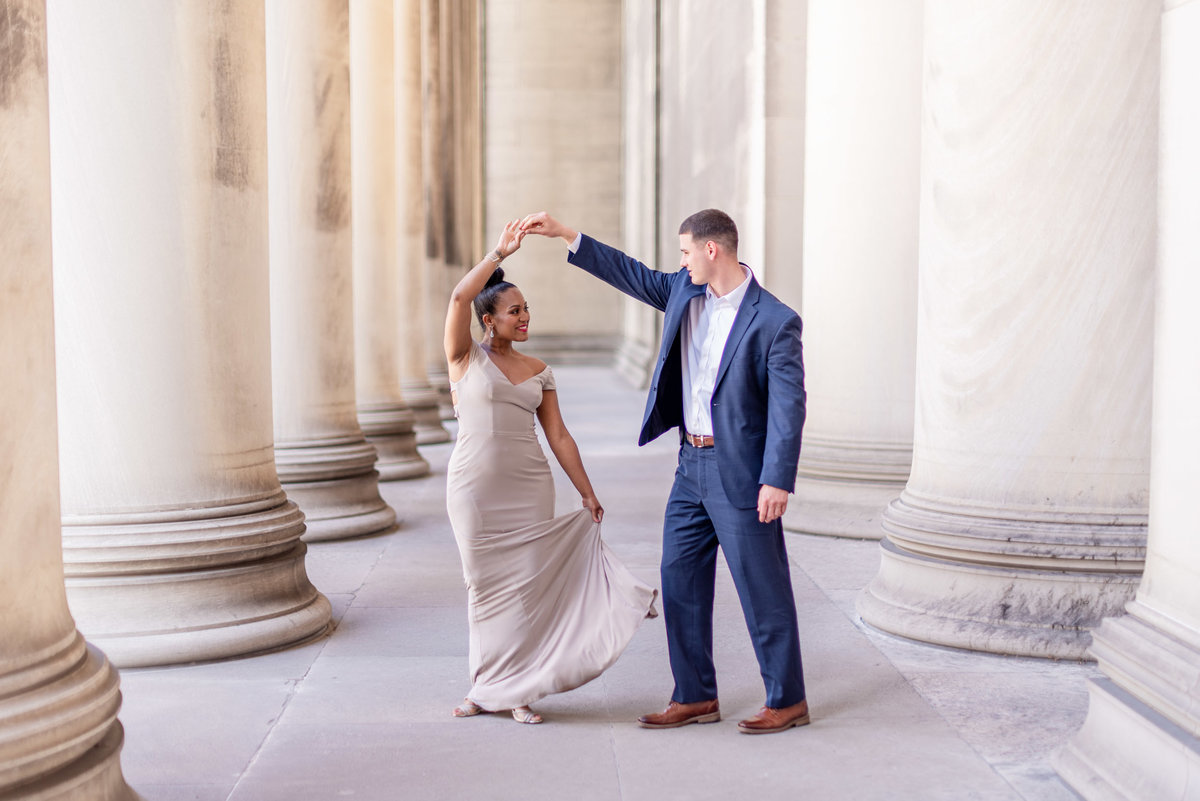 DowntownPittsburghPAWeddingEngagementPhotography