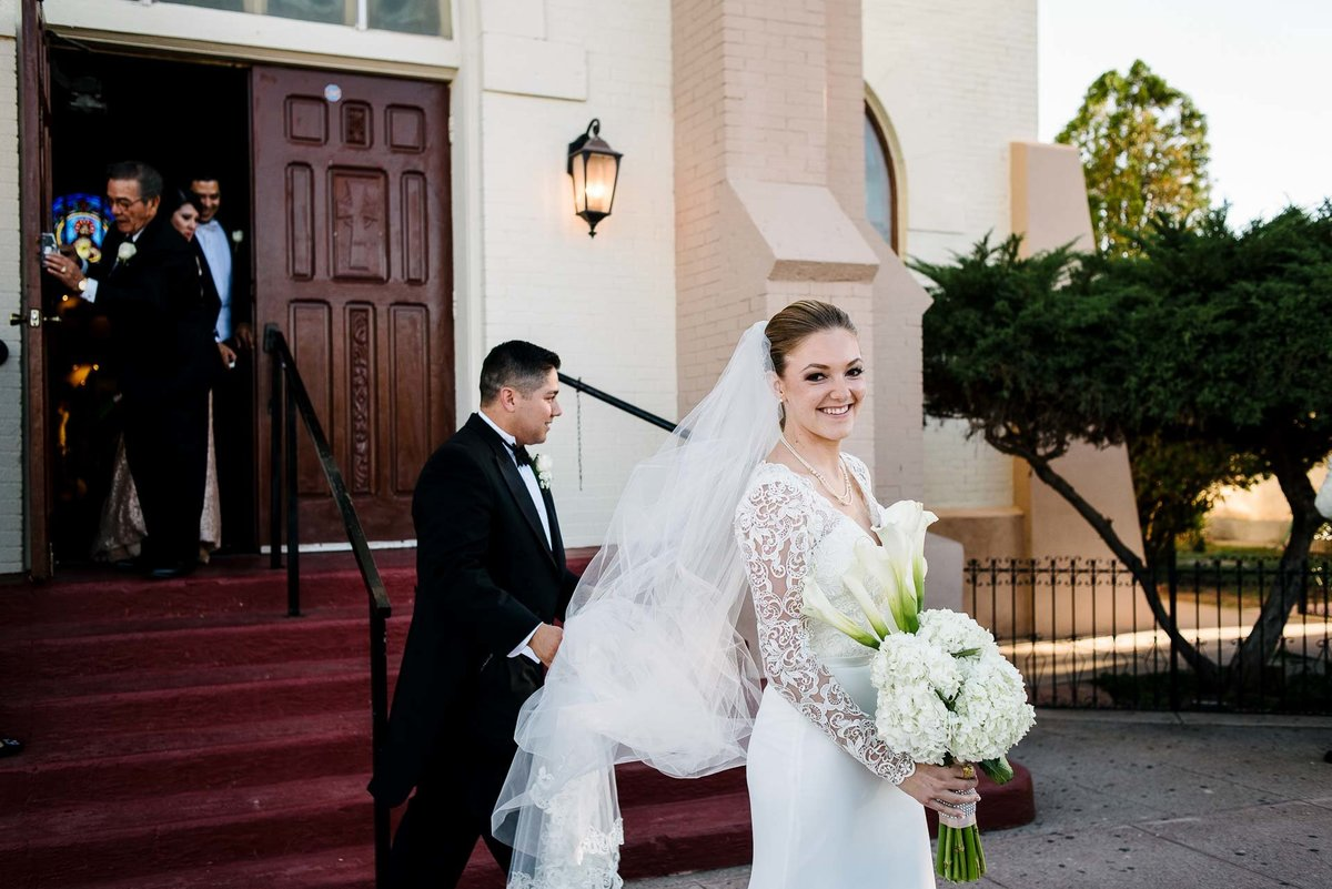WEDDING AT HOTEL GADSDEN IN DOUGLAS ARIZONA-wedding-photography-stephane-lemaire_75
