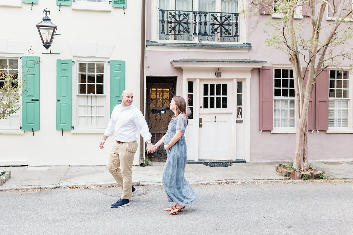 Downtown-Charleston-Maternity-Photographer_0007