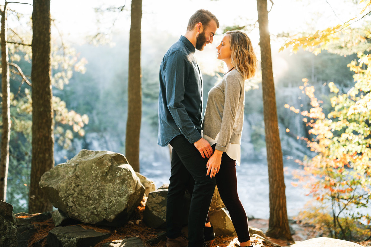 Taylors-Falls-Minneapolis-Fall-Engagement-14