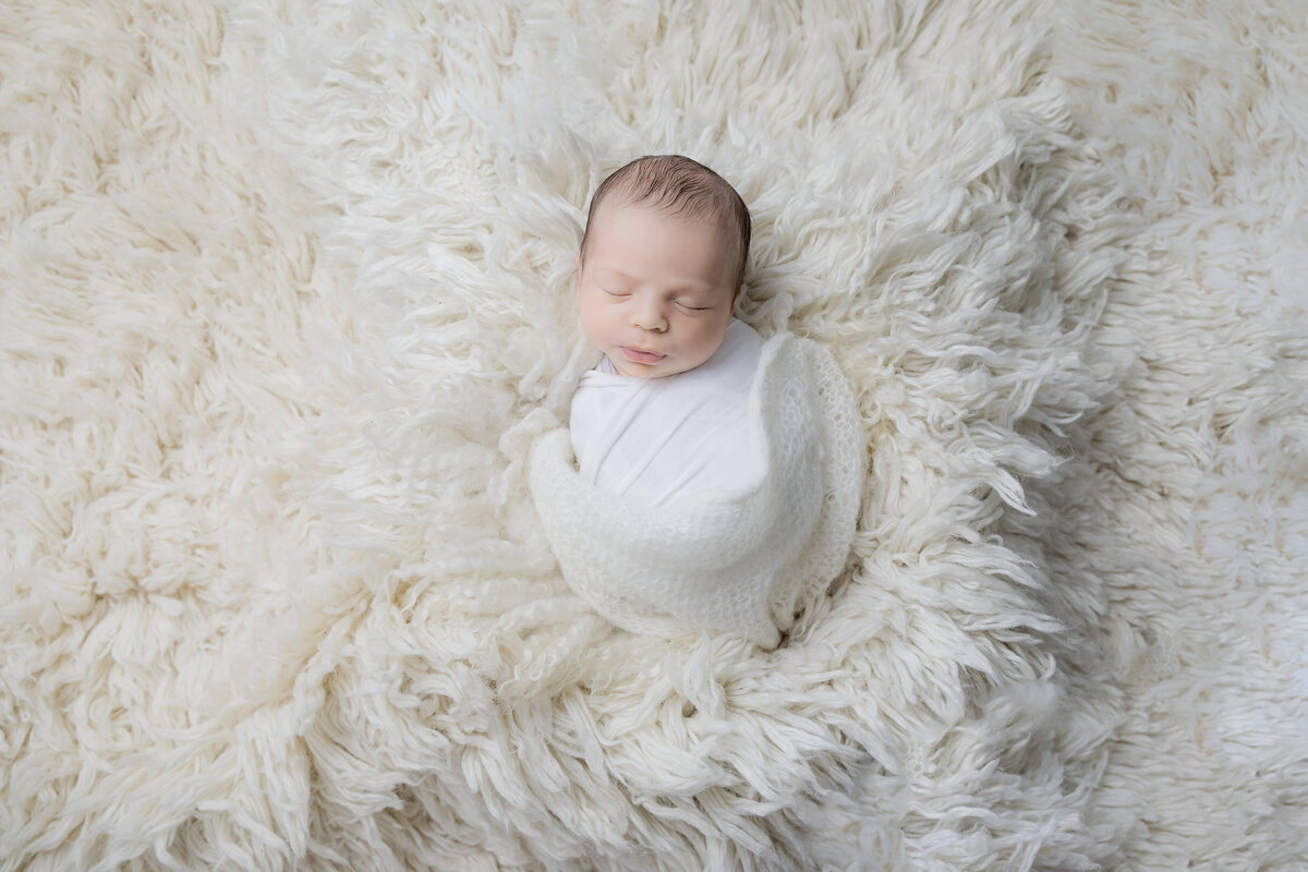 newborn-baby-boy-photos-ottawa-grey-loft-studio-5