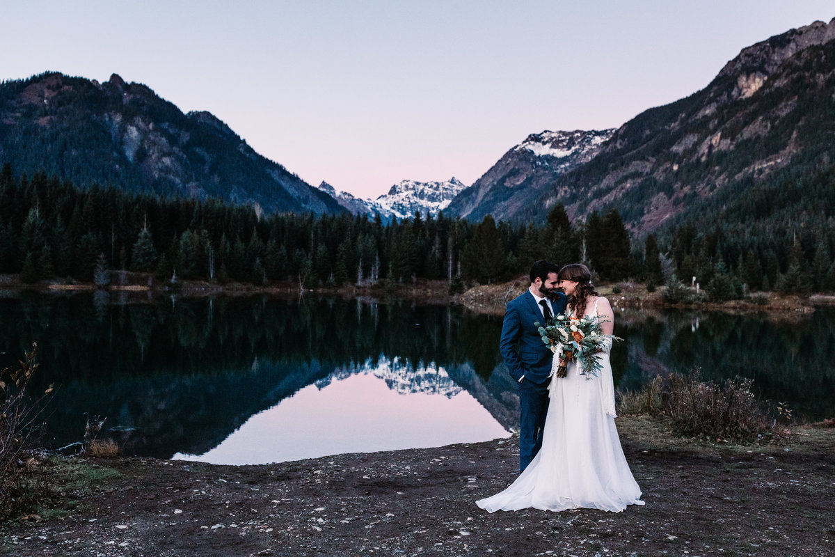 Oregon_elopement_Gold_Creek_pond_Adventure_wedding_photography (684 of 793)