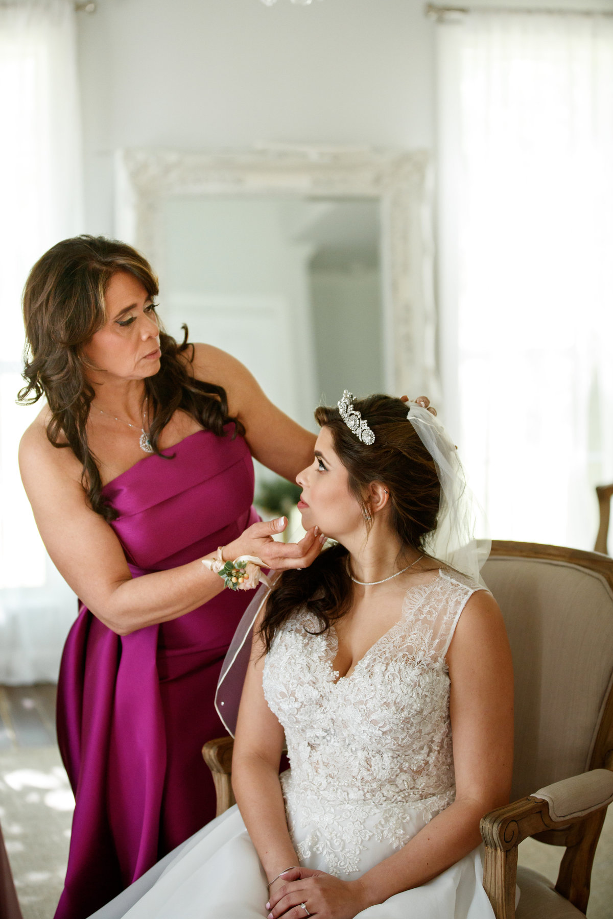 addison grove wedding photographer bride mom private moment 11903 Fitzhugh Rd, Austin, TX 78736