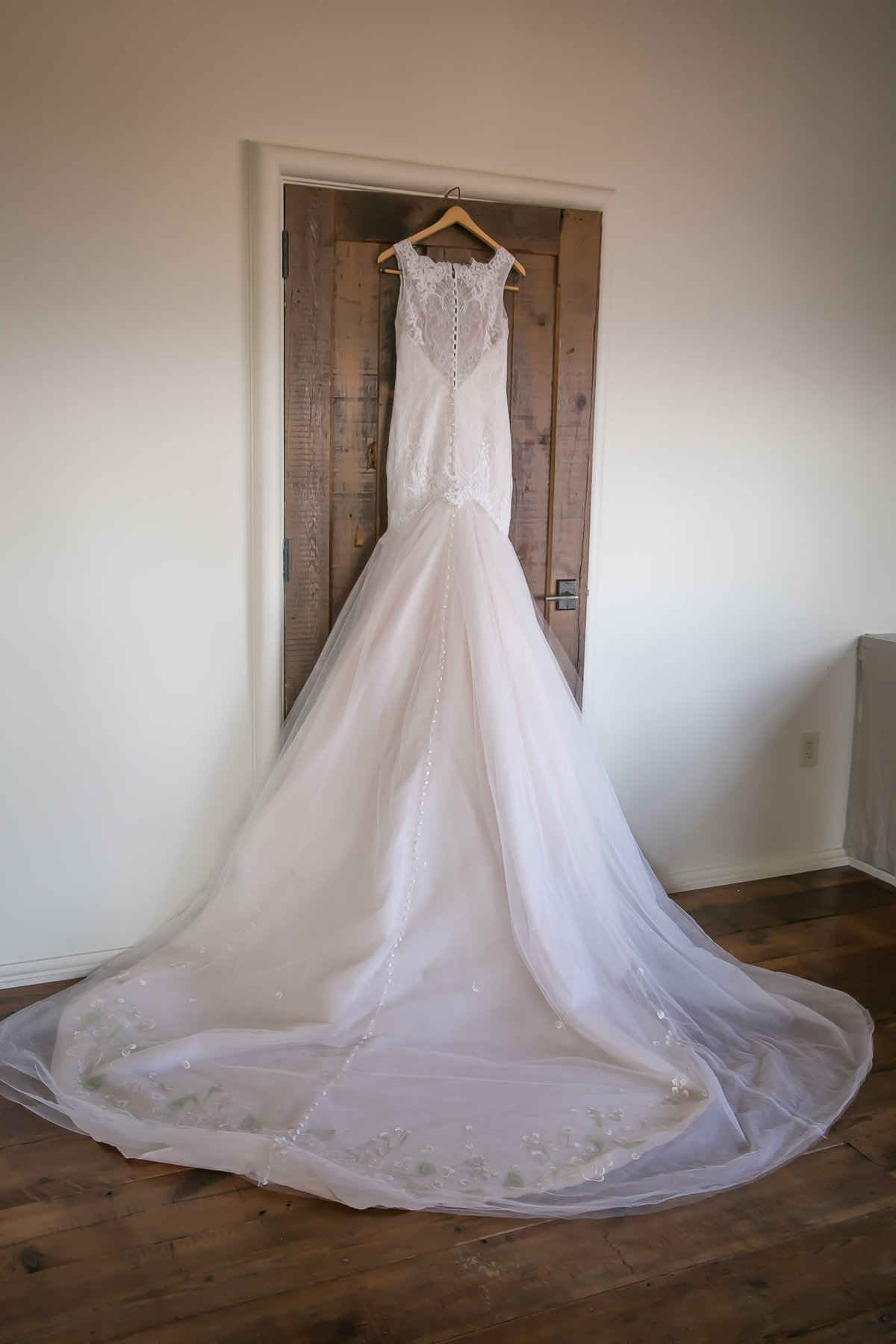 Wedding-dress-Summerstudio