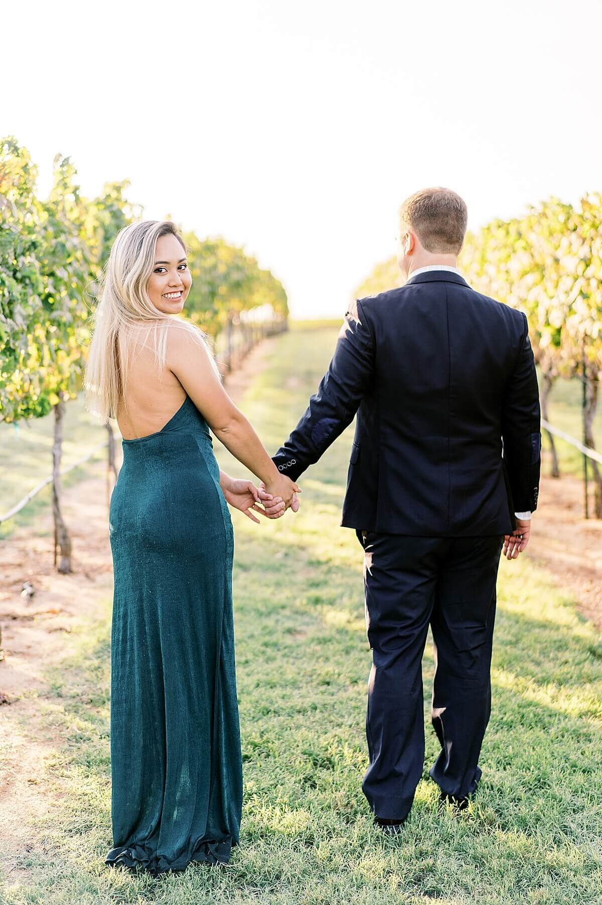 Texas-Hill-Country-Vineyard-Engagement-Portrait-Session-Alicia-Yarrish-Photography_0081