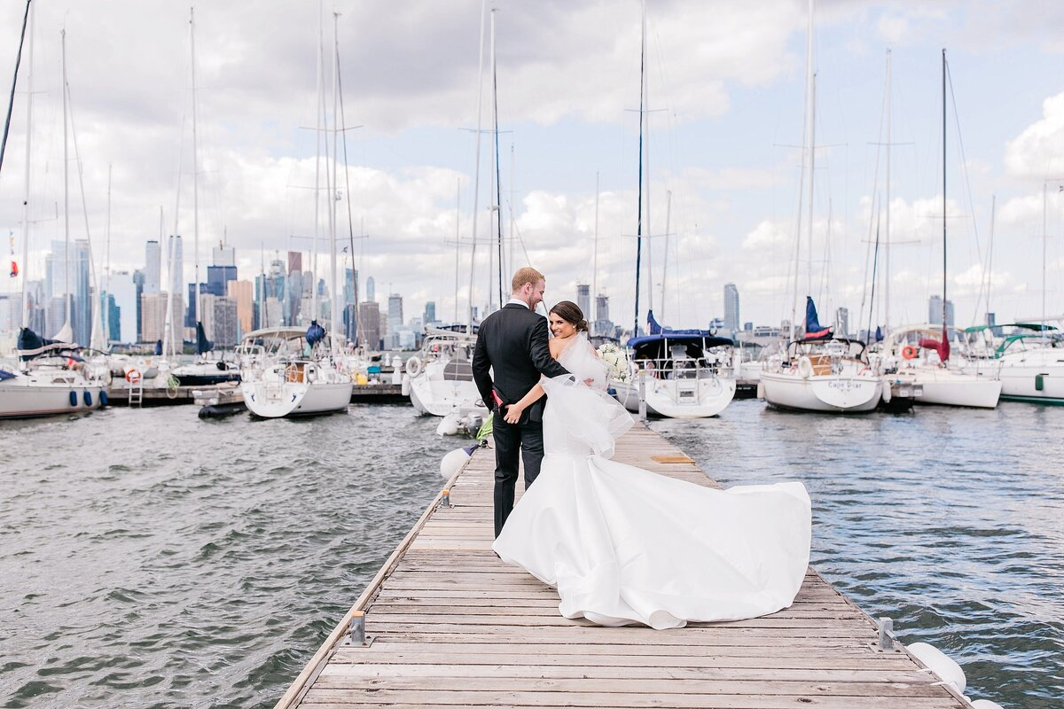 Toronto-Yacht-ClubWedding-Photographer-LauraClarkePhotos_0103