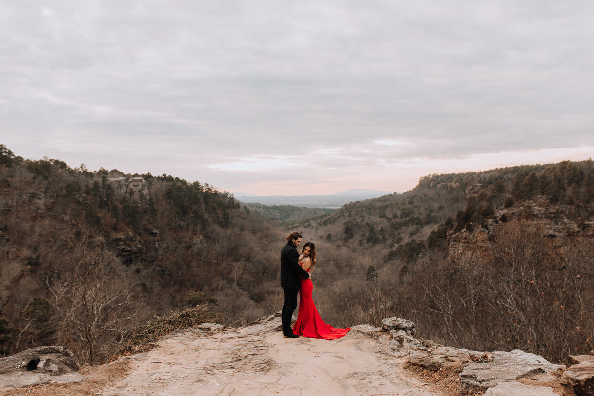 fernanda-and-great-petit-jean-state-park-arkansas-adventerous-couples-engagement-session-45