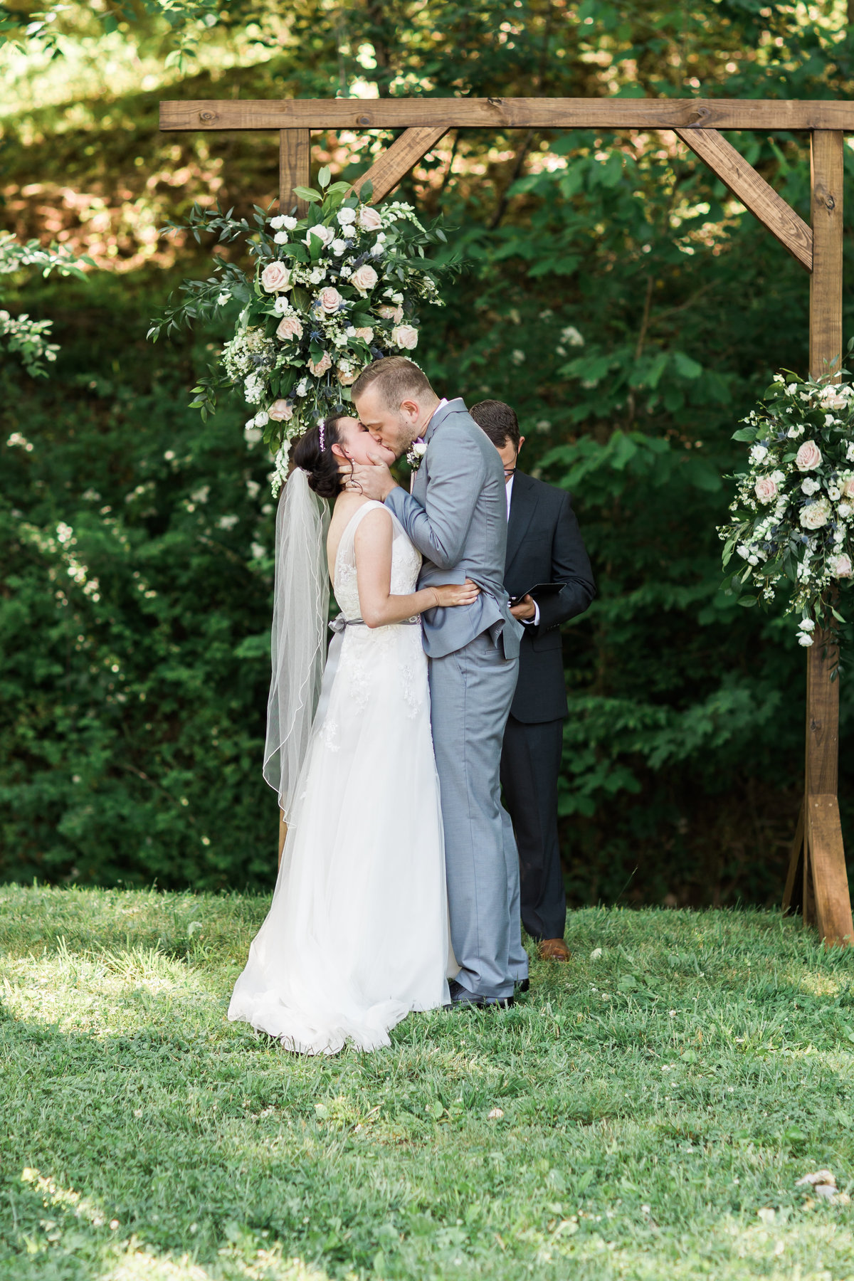 Danielle-Defayette-Photography-Daras-Garden-Knoxville-Wedding-249