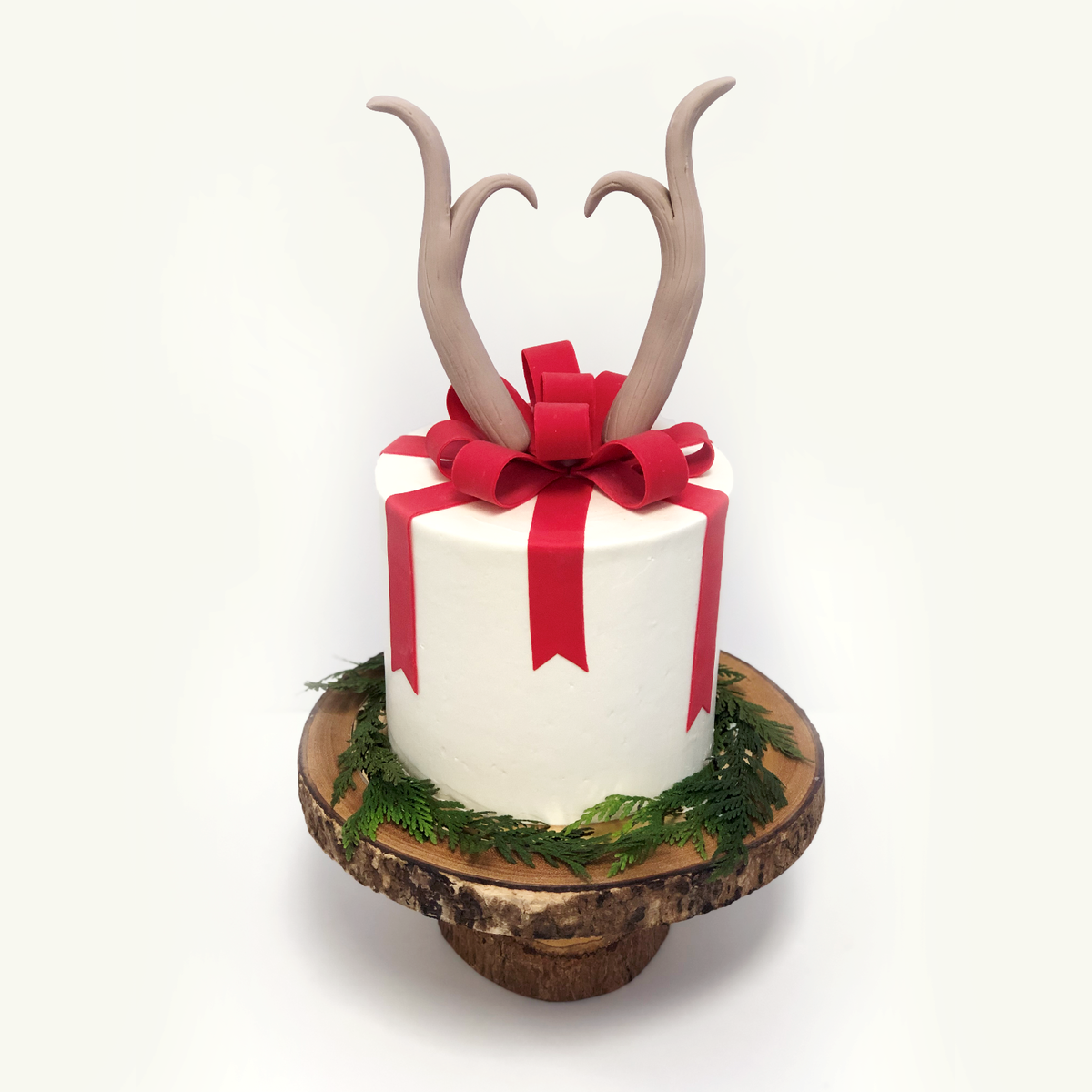 Whippt - Auction Cake Dec 14