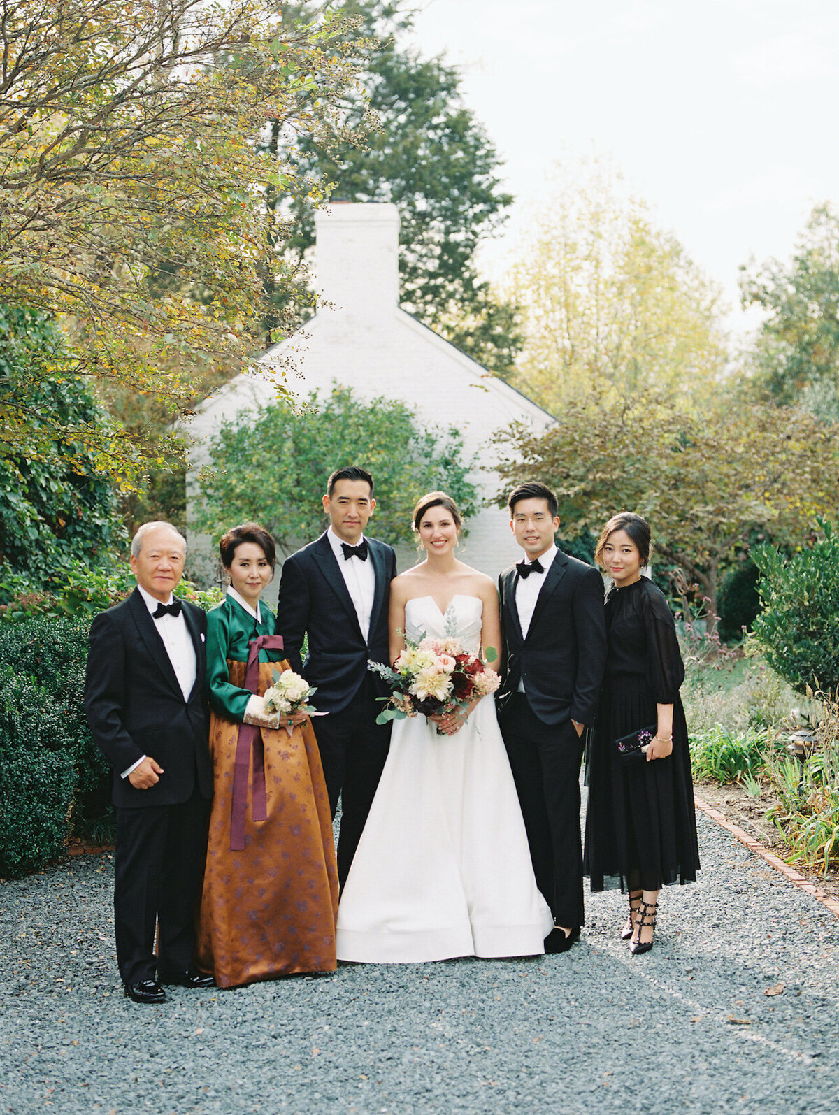 Outdoor Family Photos by Washington DC Wedding Photographer Robert Aveau for © Bonnie Sen Photography