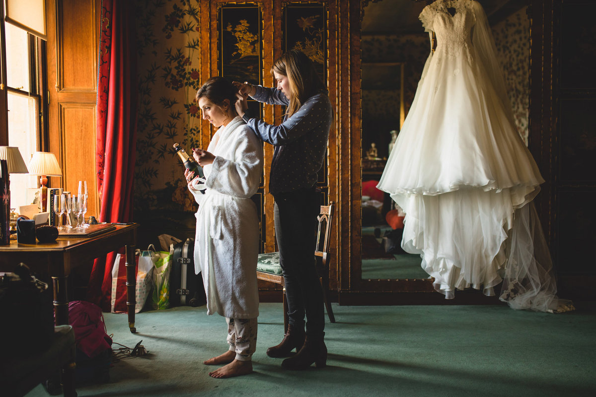 eastnor-castle-winter-wedding-16