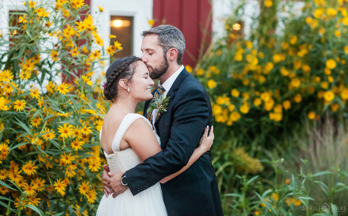 Sunflower garden wedding photography at Chatfield Farms