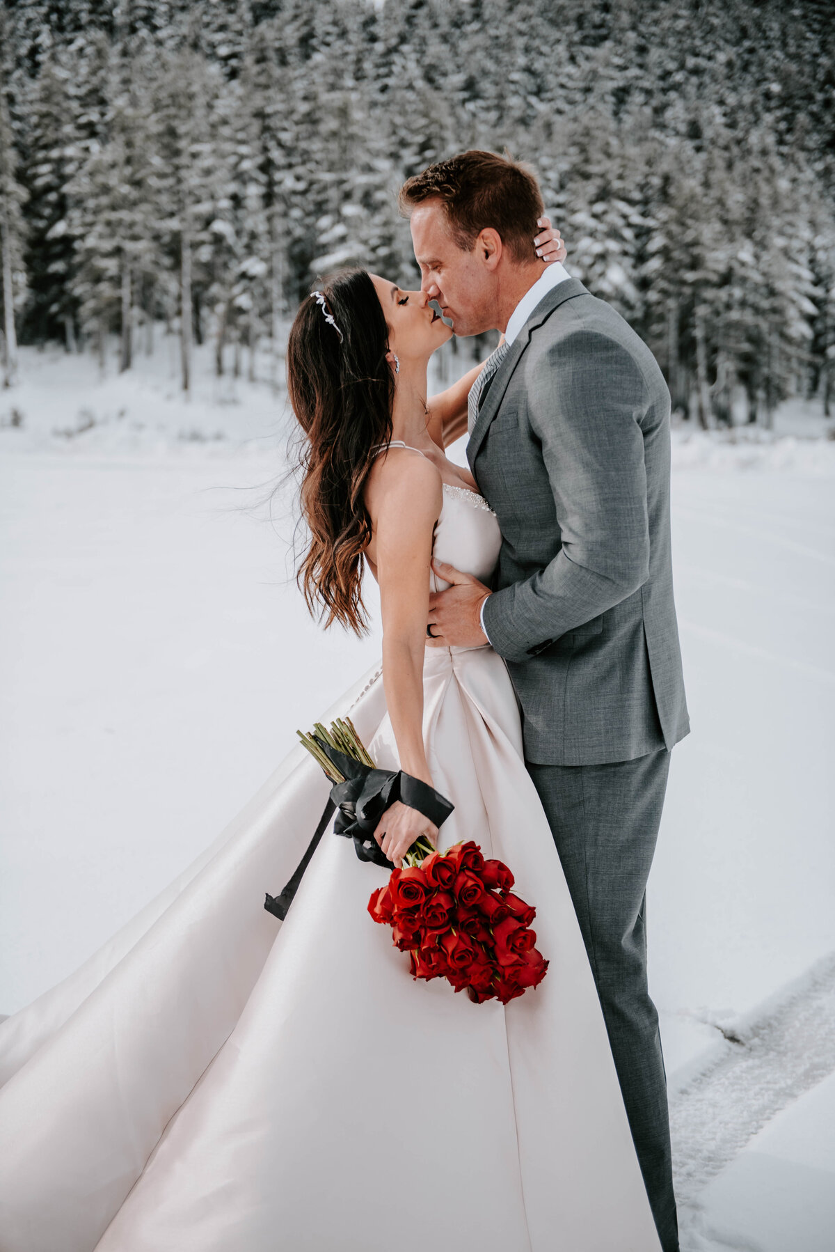 mt-bachelor-snow-winter-elopement-bend-oregon-wedding-photographer-2085