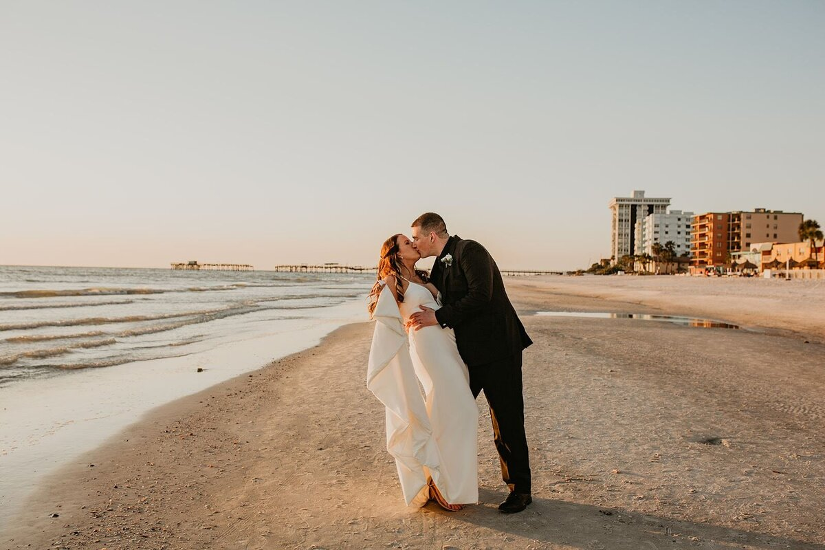 Double Tree North Redington Beach Florida-Wedding-Brittany and Bruce487