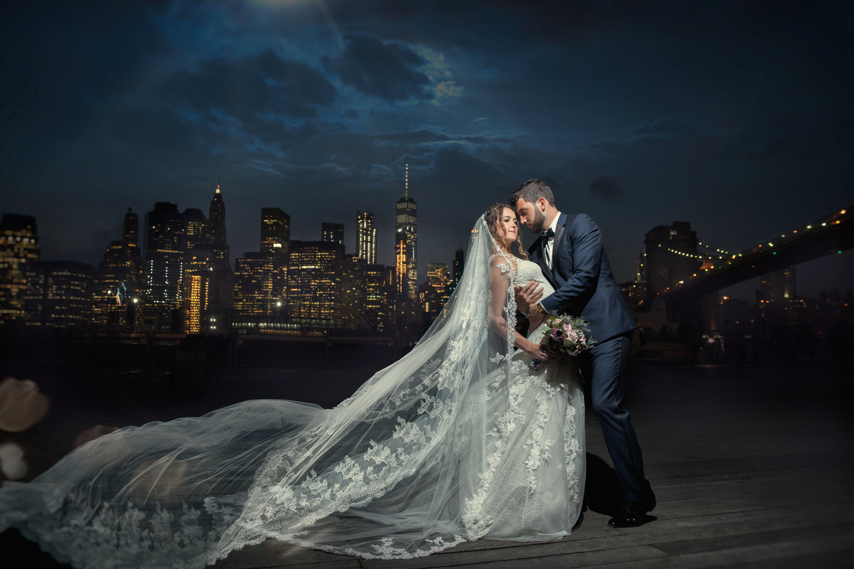 new york wedding photographer bride groom brooklyn bridge skyline New York City, NY