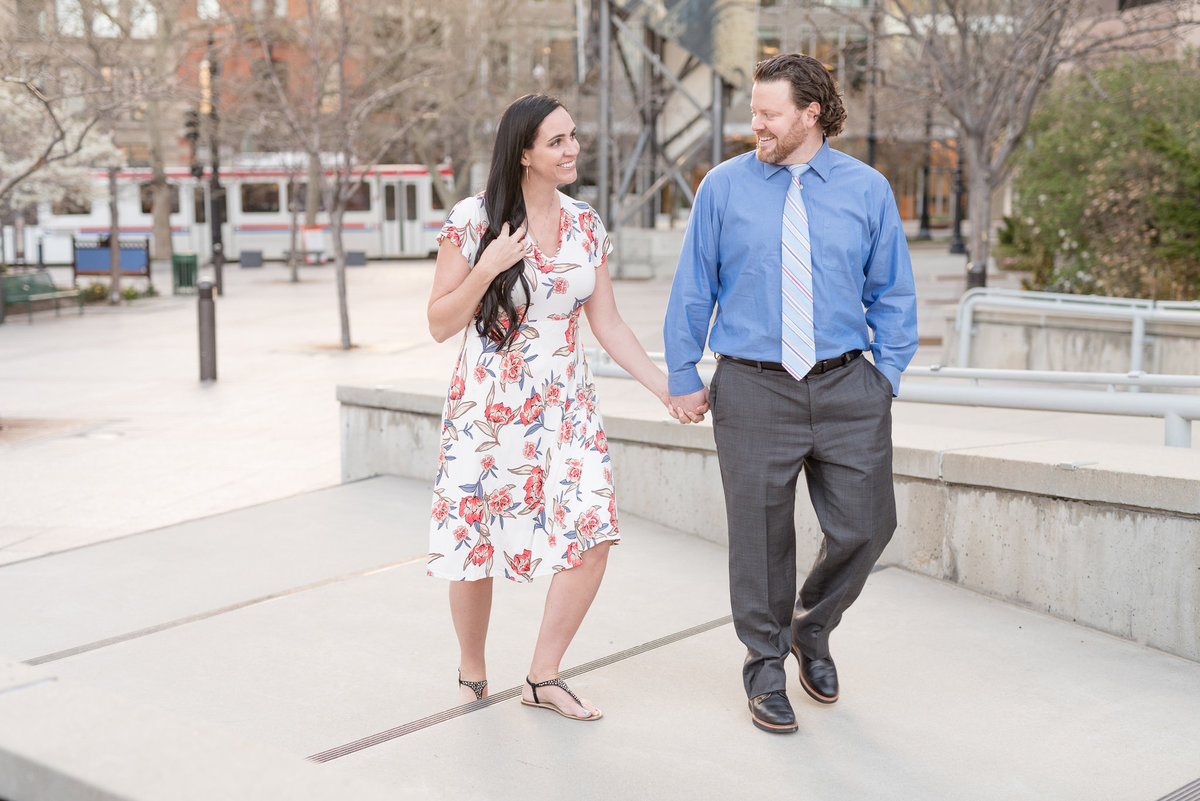 Downtown Salt Lake Engagement and Family Session _ Utah Wedding Photographers_15