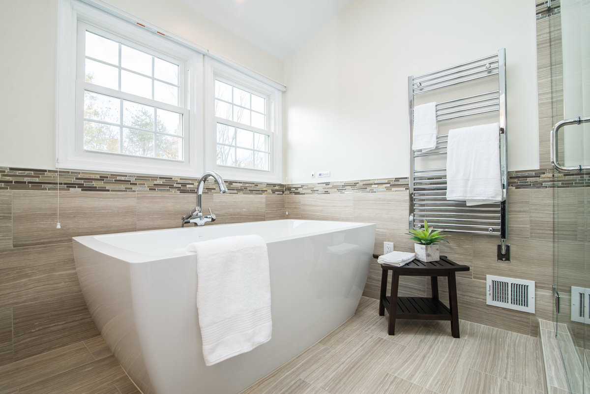 C. Wright_Master Bath_Hall Bath_12647 Thunder Chase Dr_Reston_VA-WEB-5