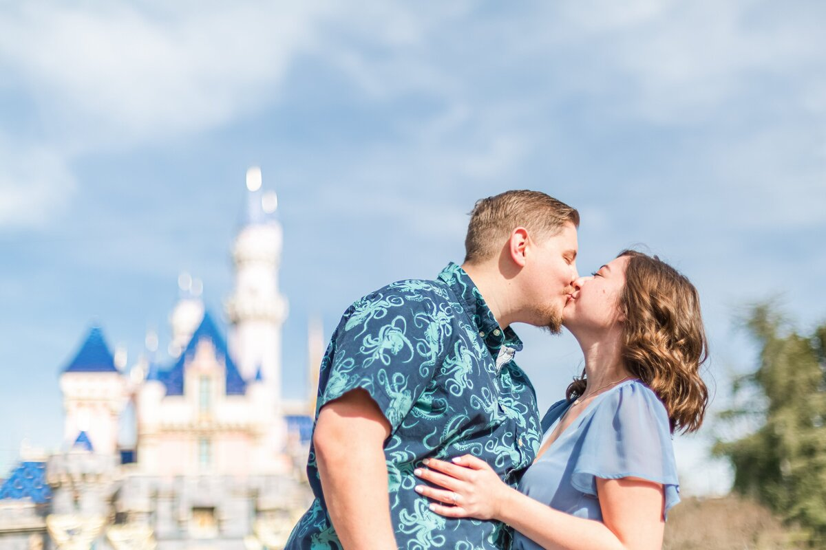 Disneyland-Engagement-Anniversary-Session-0012