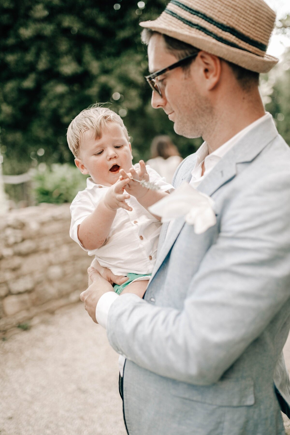 085_Tuscany_Luxury_Wedding_Photographer (95 von 215)_So thankful to be a luxury destination wedding photographer in Tuscany! Claire and James invited their beloved family & friends from London to their luxury wedding in Tuscany.