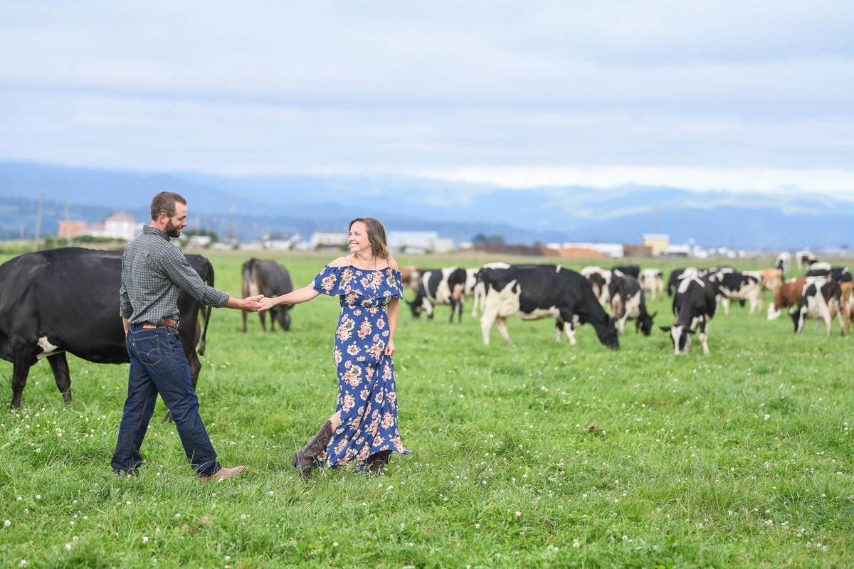 Redway-California-engagement-photographer-Parky's-Pics-Photography-Humboldt-County-Ferndale-Dairy-Farm-Cows-Engagement-10.jpg