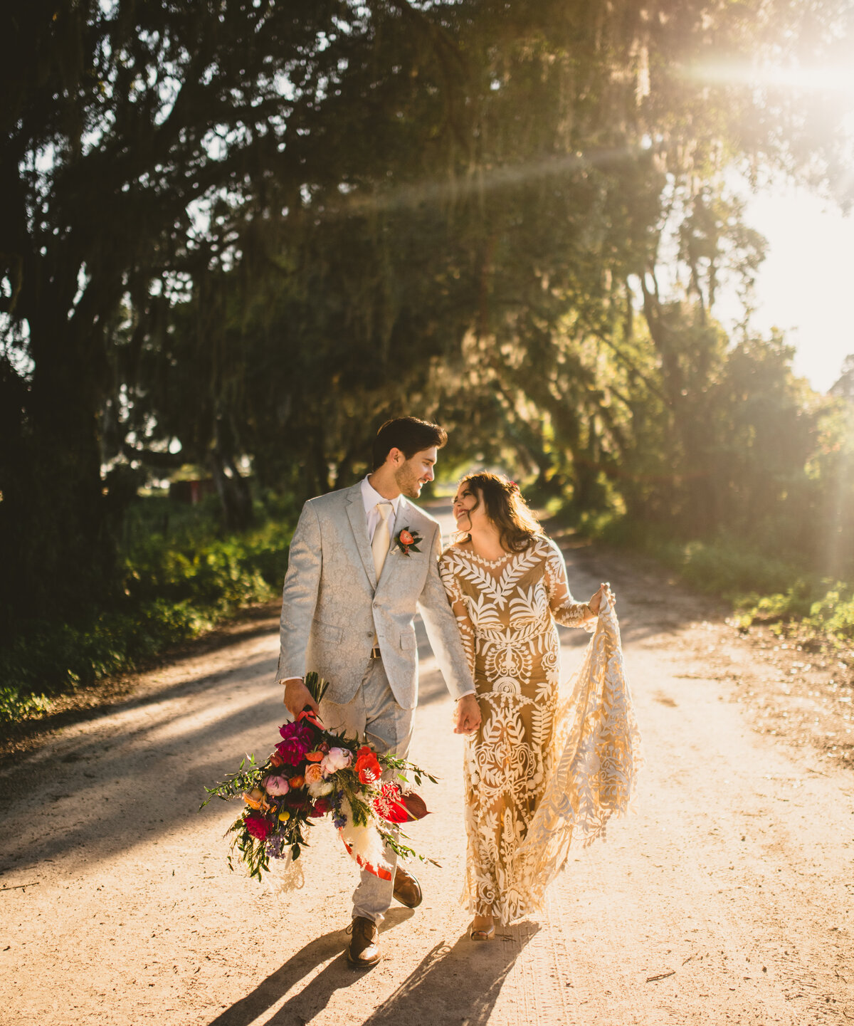 two-sisters-ranch-styled-elopement-11