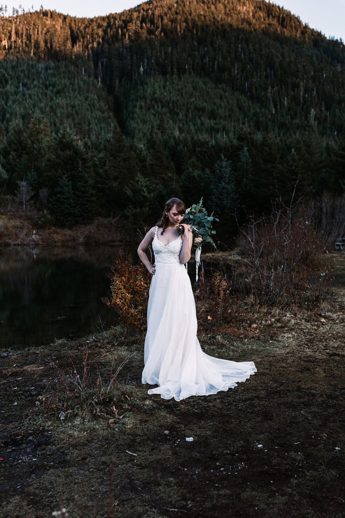 Oregon_elopement_Gold_Creek_pond_Adventure_wedding_photography (329 of 793)