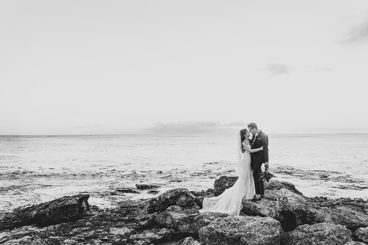 Oahu Hawaii Wedding Photos-58