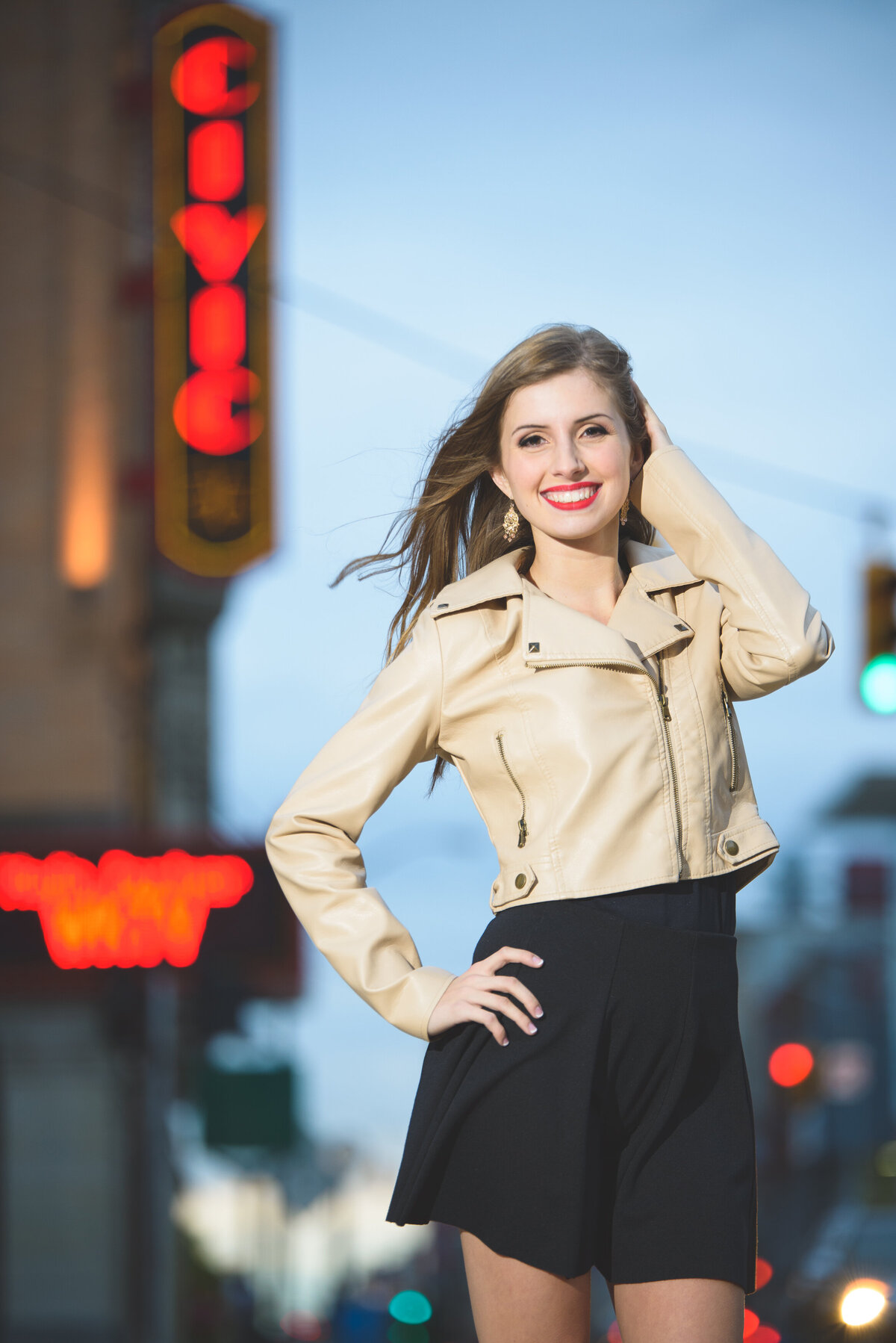 Grand-Haven-MI-Downtown-Senior-Portraits-14