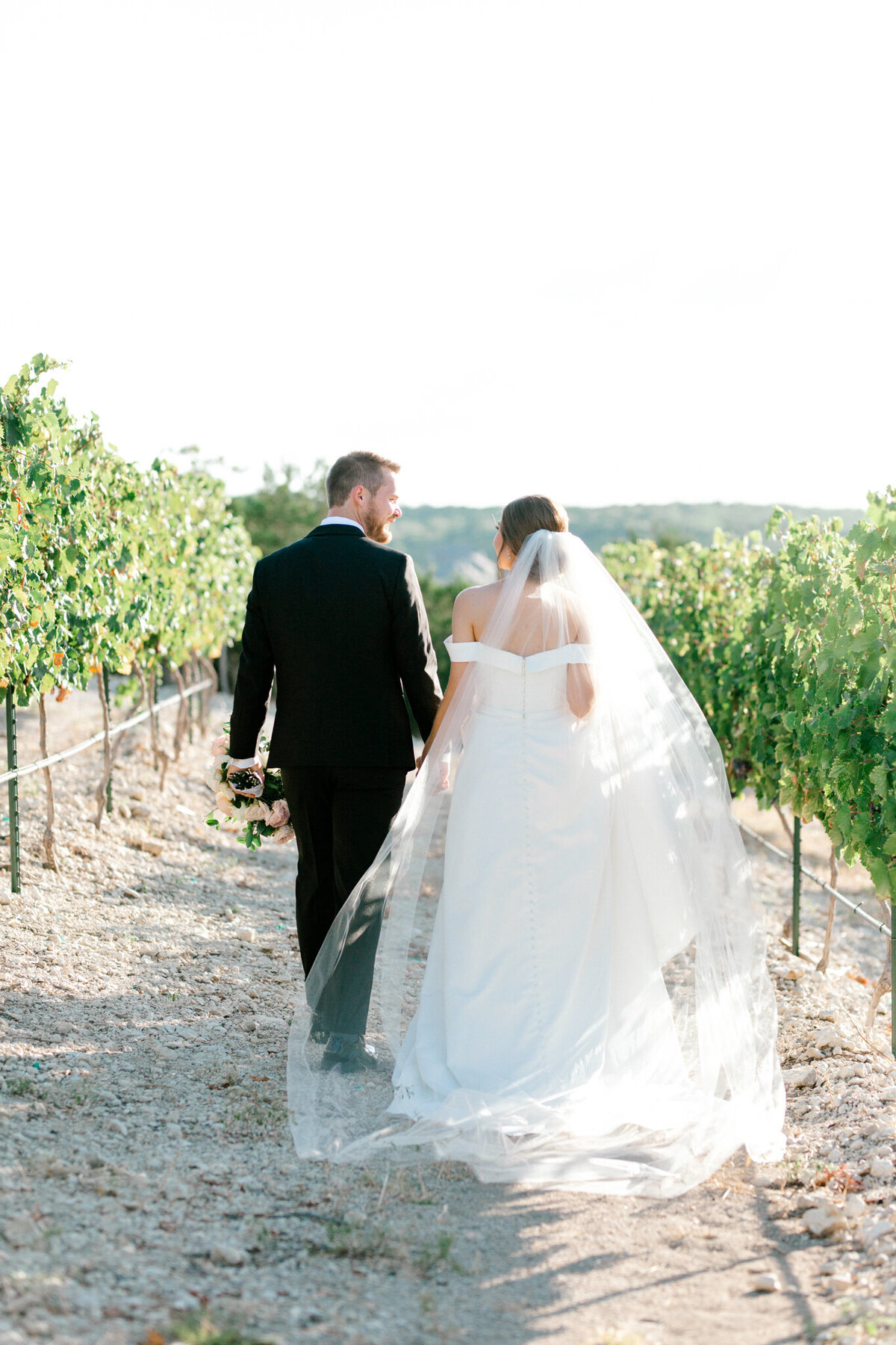 Lexi Broughton & Garrett Greer Wedding at Dove Ridge Vineyards | Sami Kathryn Photography | Dallas Wedding Photography-136