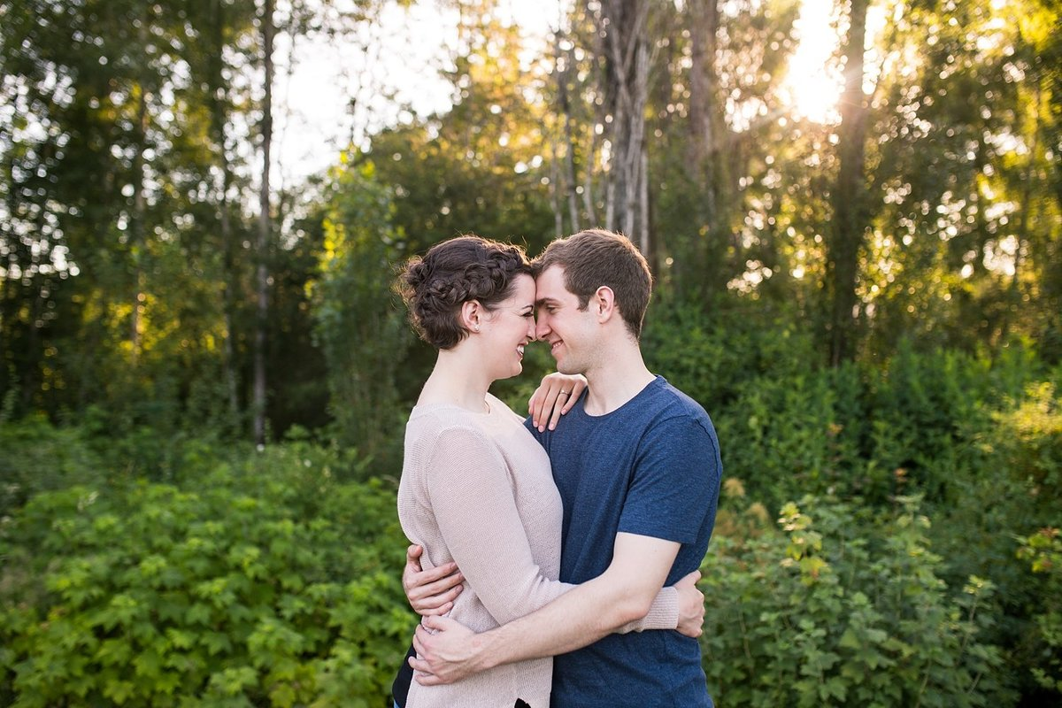Kirkland-engagement-photography-Juanita-Bay-Park (3)