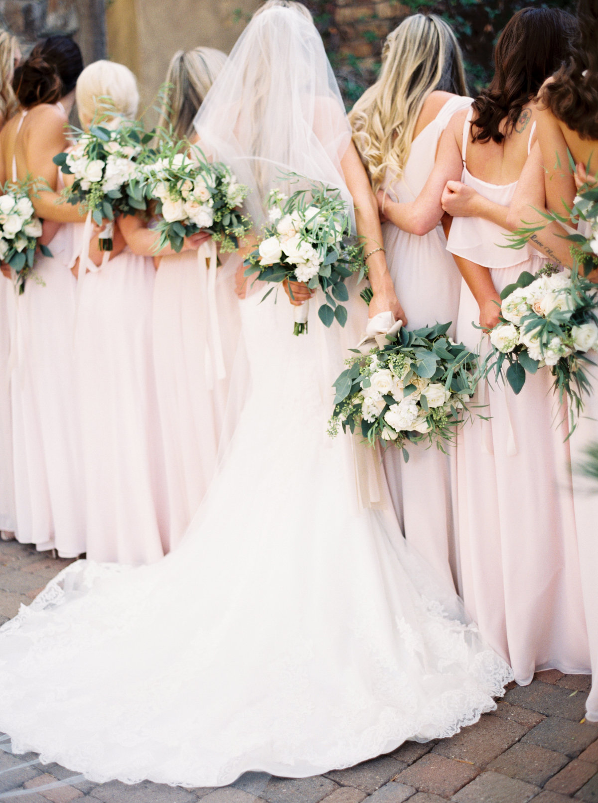Sassi Scottsdale Arizona Wedding - Mary Claire Photography-8