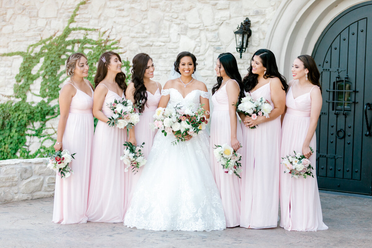 Jasmine & Josh Wedding at Knotting Hill Place | Dallas DFW Wedding Photographer | Sami Kathryn Photography-40