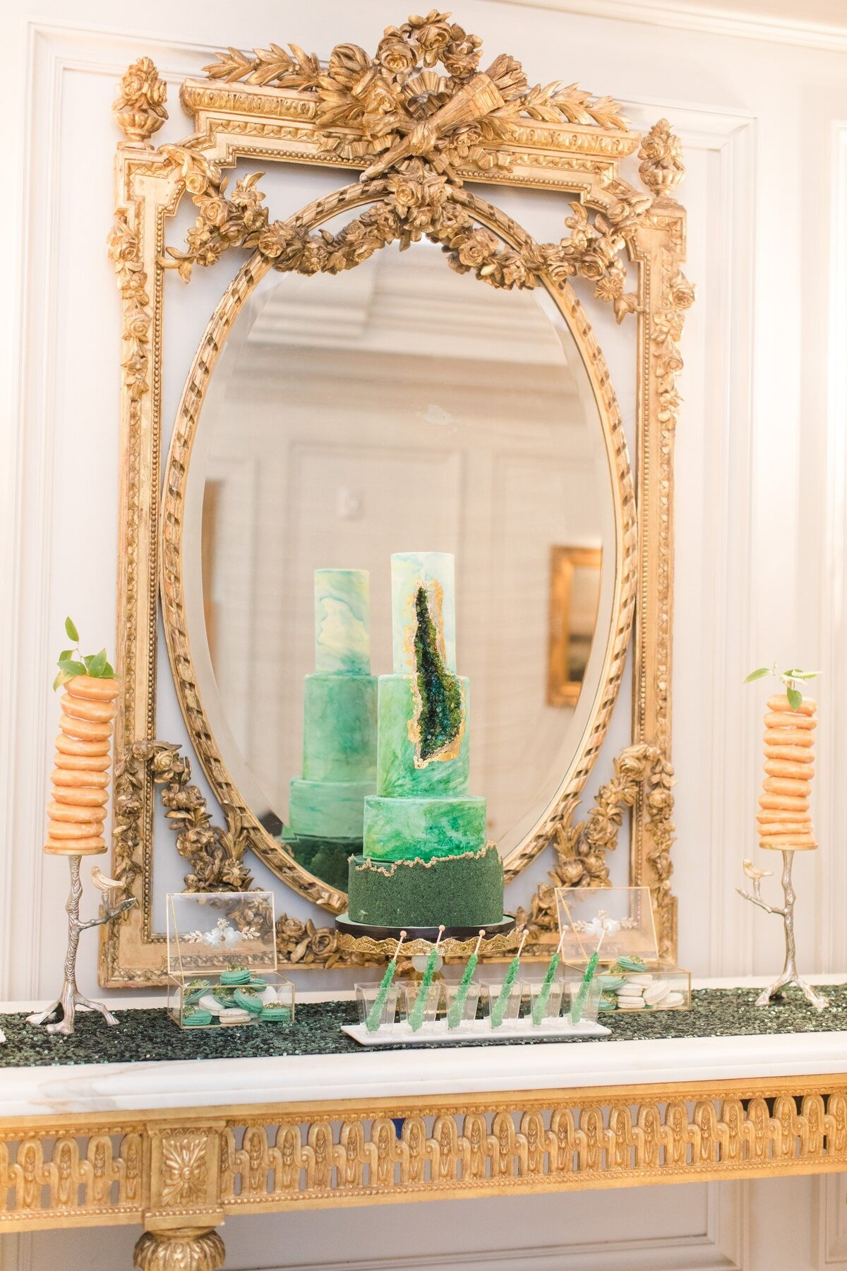 Emerald_Inspired_Wedding_Palette_inside_the_Piano_Room_at_the_Park_Chateau_Estate_and_Gardens_in_East_Brunswick-26