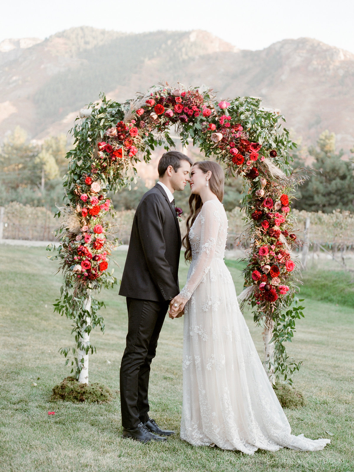 Utah Florist_Romantic Vineyard Wedding_Red Wedding Ideas-0145
