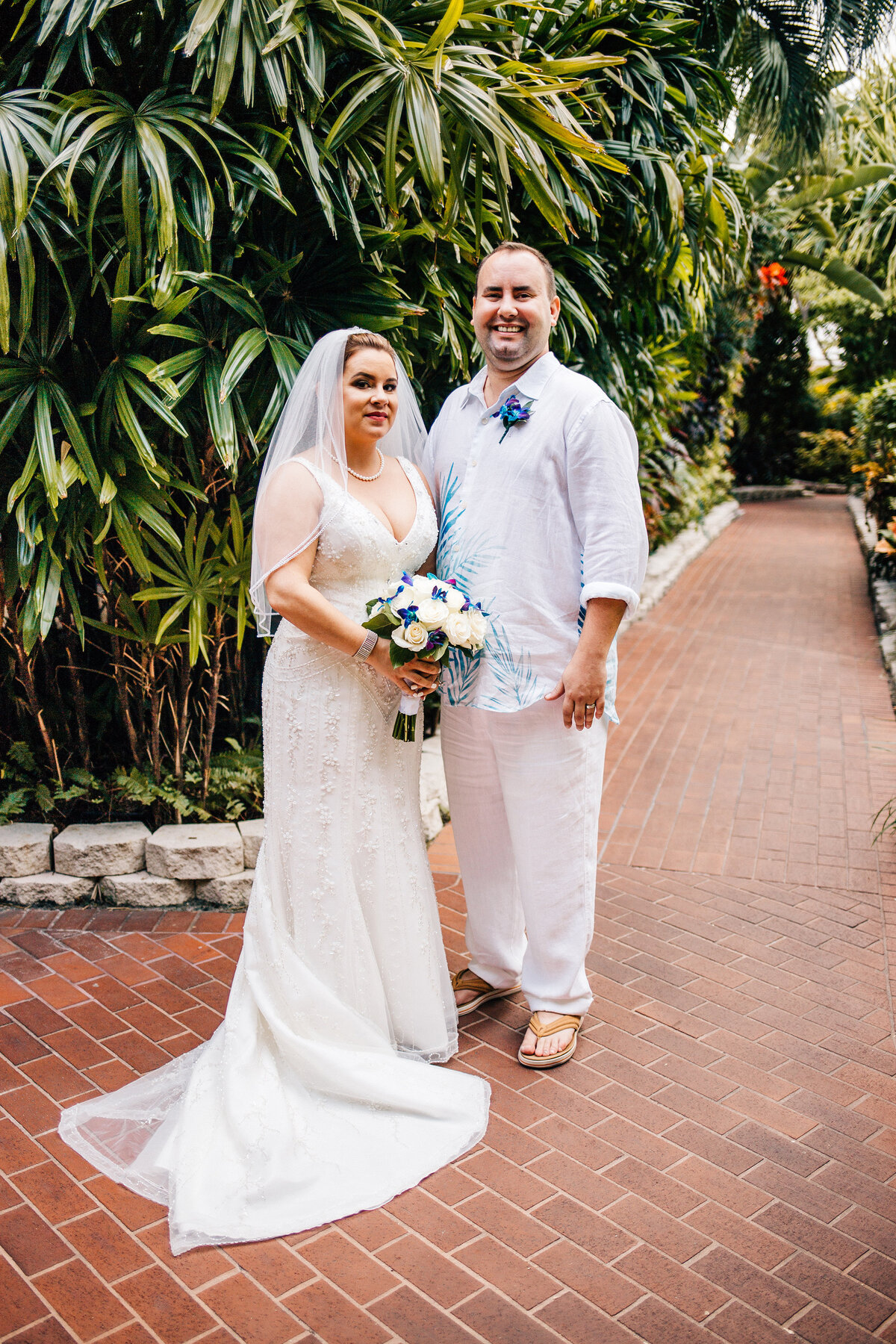 Kimberly_Hoyle_Photography_Bachman_Pier_House_Key_West_Wedding-22