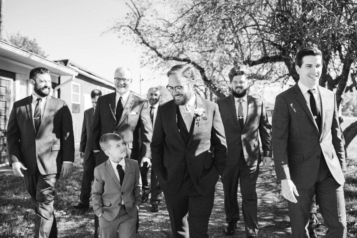 AppelFarmRusticNJWedding_GenPalmerPhotography_025