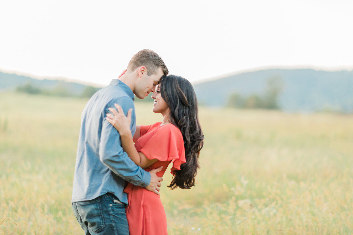 SkyMeadowsPark_Virginia_Engagement_Session_AngelikaJohnsPhotography-0566