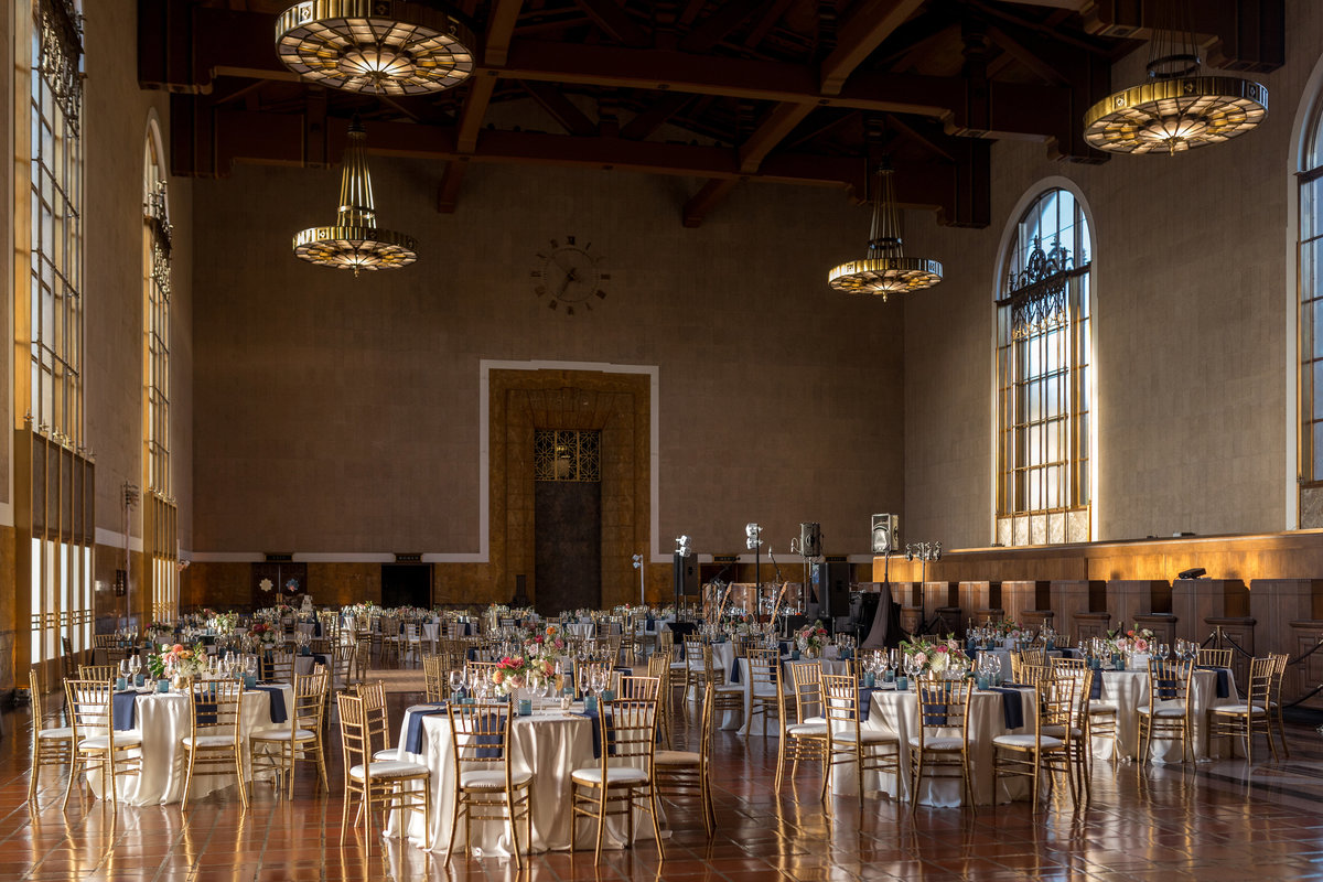 glamorous-union-station-wedding-los-angeles-33
