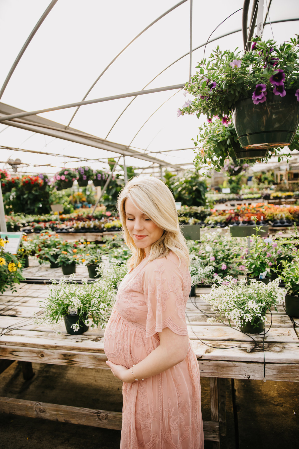 greenhouse-maternity-photography-session-raleigh-2080