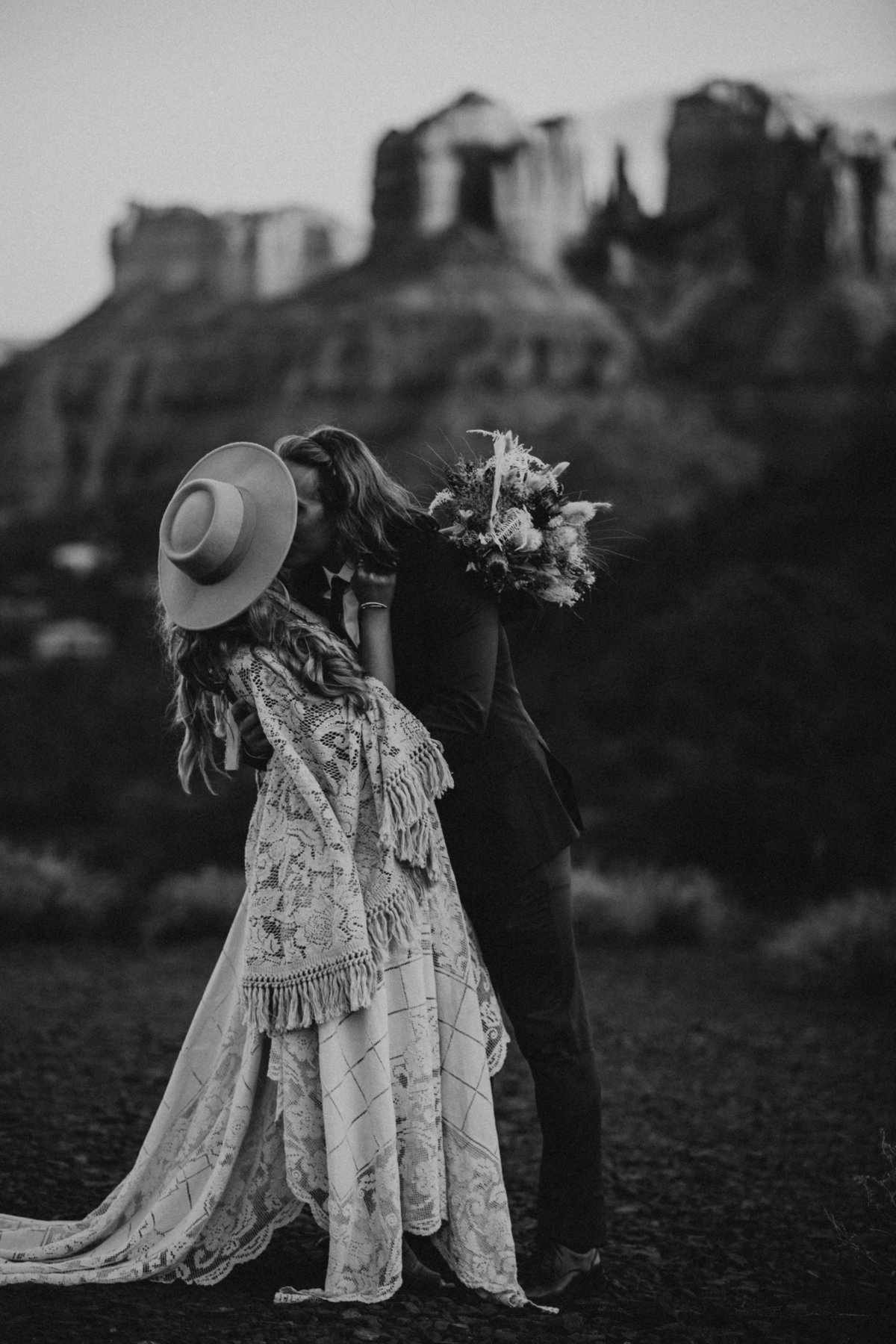 Sedona-Arizona-Elopement-Photographer43