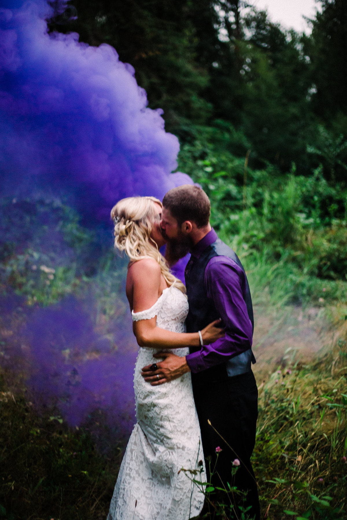 smoke bomb wedding portrait-1