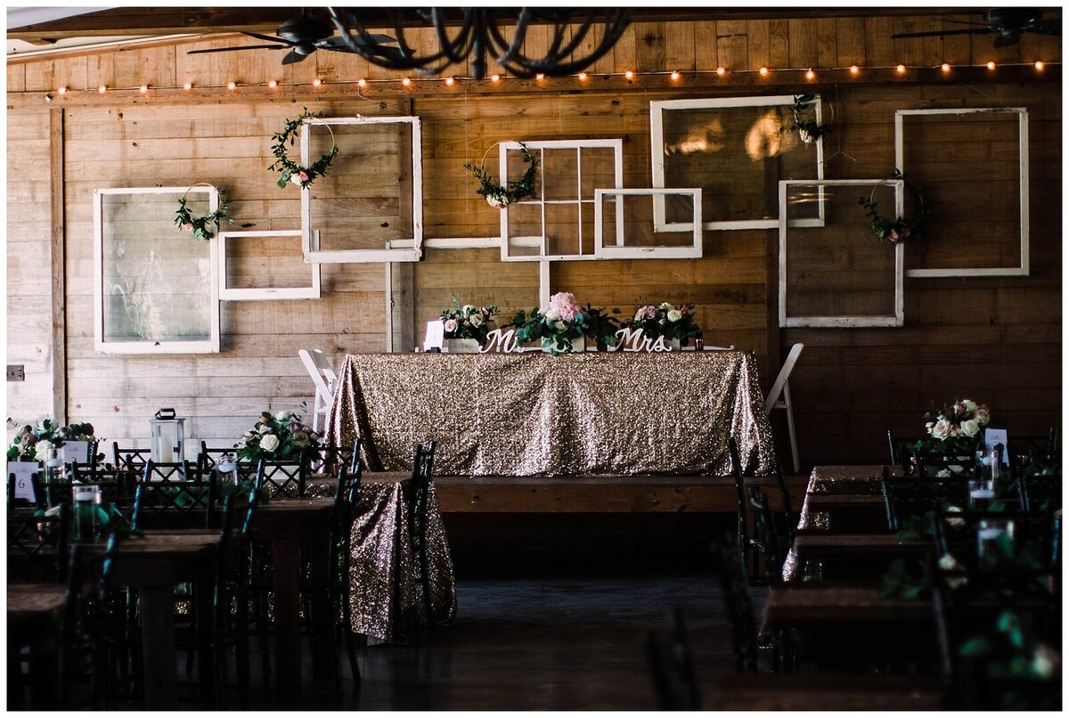 Houston Wedding Planner for Vintage Blush Floral Hoop Inspired Wedding at Emery's Buffalo Creek- J. Richter Events_0005