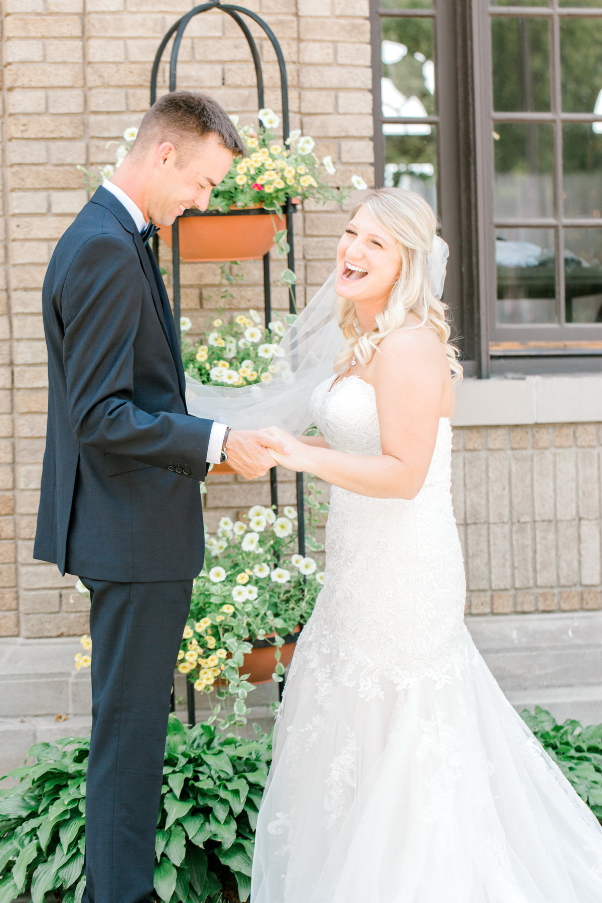 la poste perry iowa wedding photographer danielle+daniel-5784
