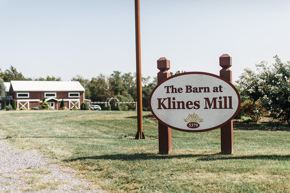 Virginia Wedding Photography Barn at Kline's Mill near Harrisonburg, Virginia 2