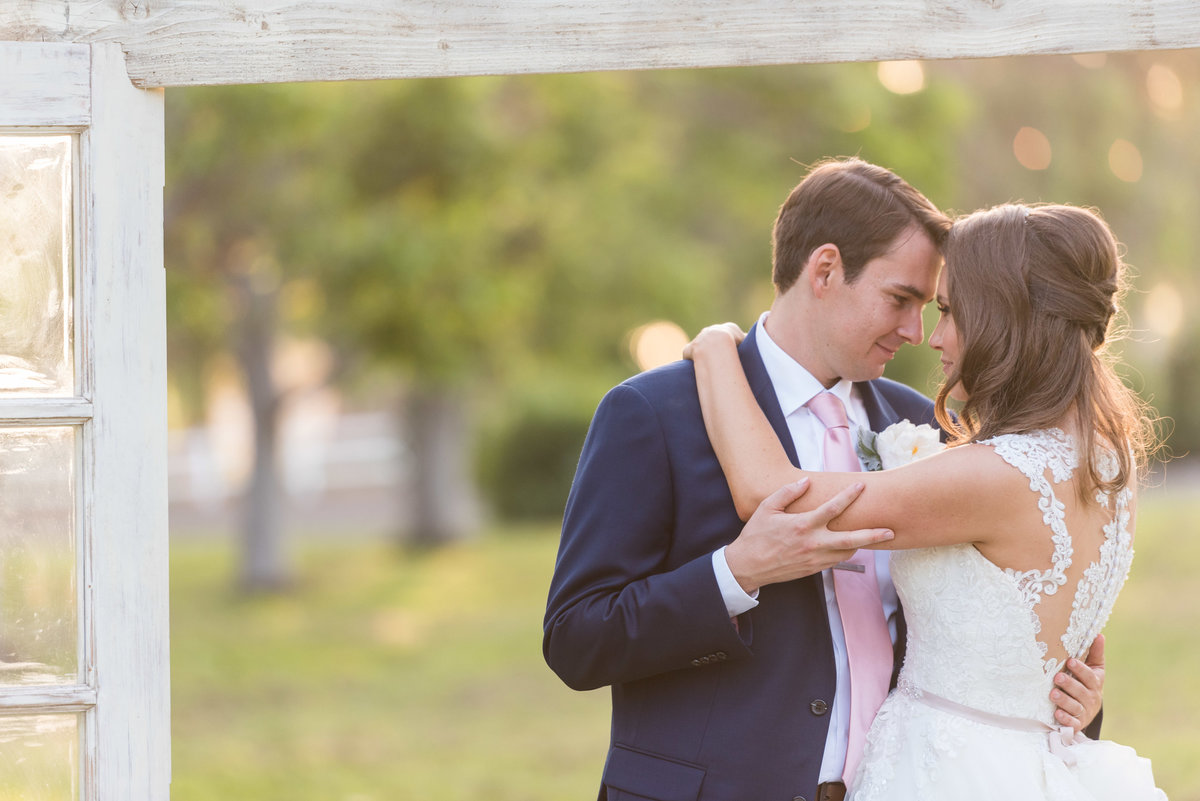 Walnut-Grove-Wedding-Photos-Yarmone-482-1