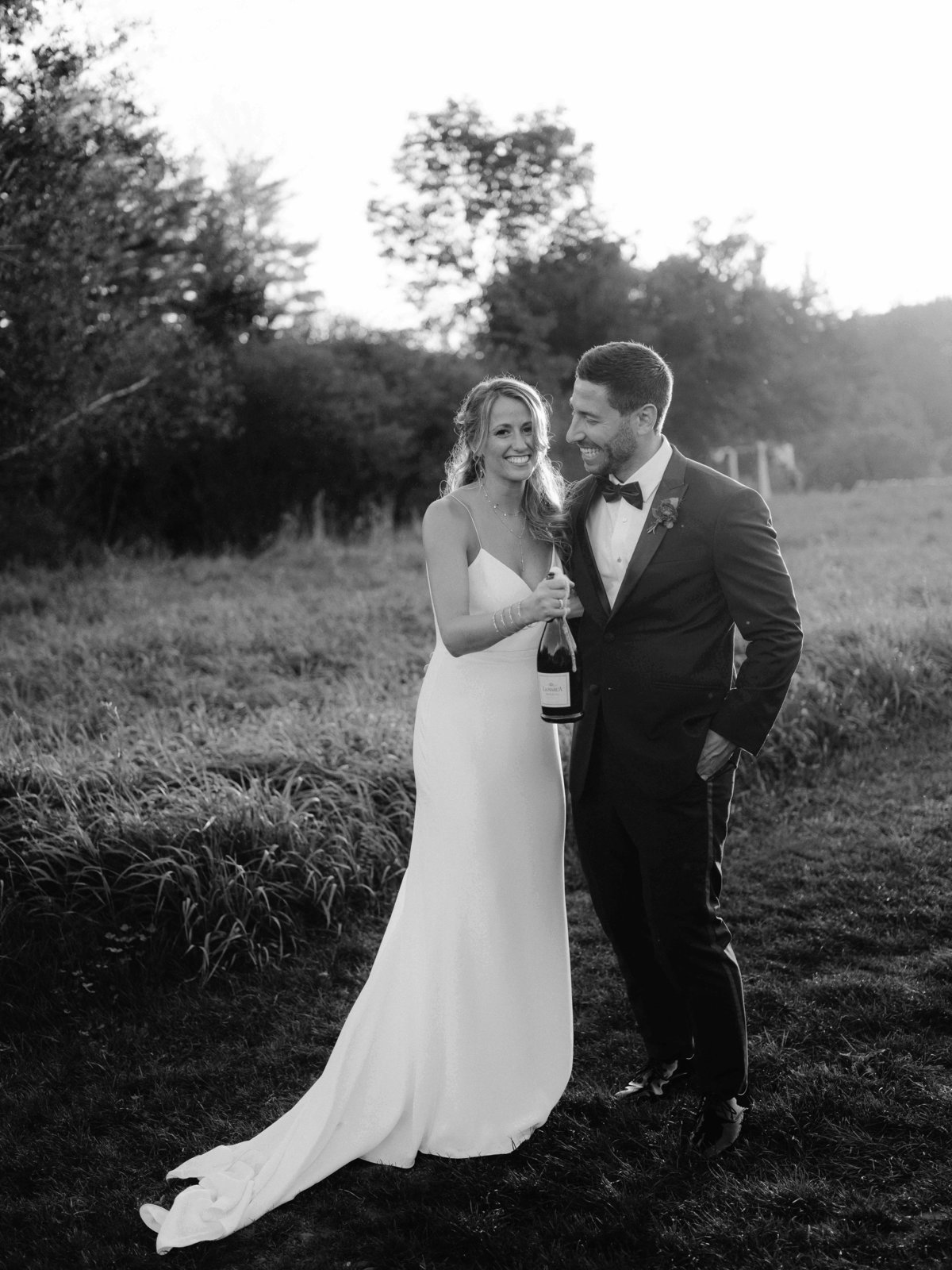 Hayfield-Catskills-Wedding-Best-Photographer-41