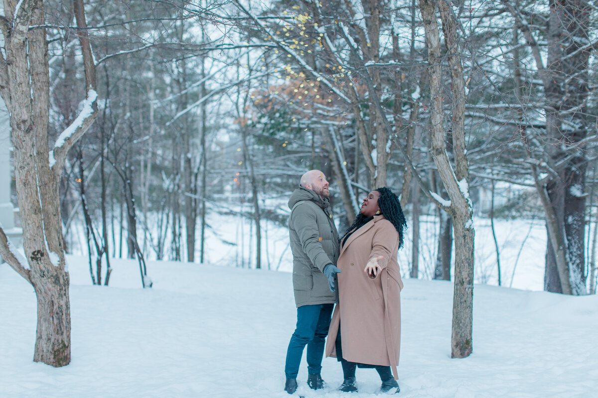 tremblant-winter-mountainside-engagement-session-grey-loft-studio-tremblant-village-263